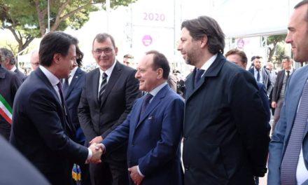 VINITALY, TUTTE LE ISTITUZIONI PRESENTI PER SOSTENERE LA PROMOZIONE DEL VINO ITALIANO