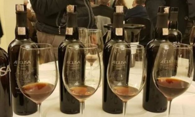 A WINEUP VERTICALE DI ANNATE STORICHE DEL MARSALA